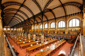 Reading room, Bibliothèque Sainte Geneviève (Paris). Photo: Marie-Lan Nguyen