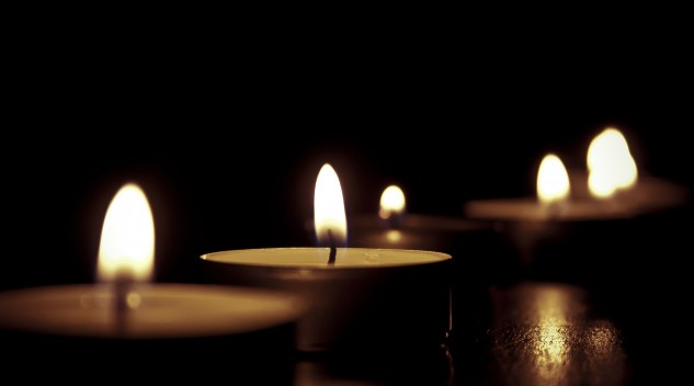 candles-209157_1920