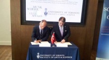 Photo of His Excellency Dr. Tuncay Babali (Turkey's Ambassador in Ottawa) and Meric Gertler (Dean of UofT Arts and Science)