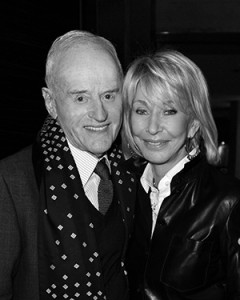 Photo of Peter and Melanie Munk in Black and White