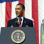 Picture of Barack Obama speaking at a podium at Fort Hood. By the US Army.